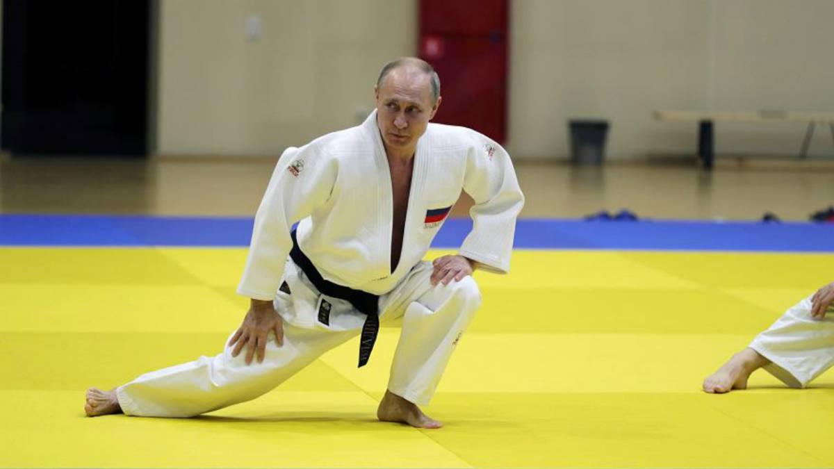 Putin se lesionó un dedo durante un entrenamiento de judo